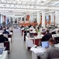 huneu18-2007-02-avp-28-biblio-30cm-b800px